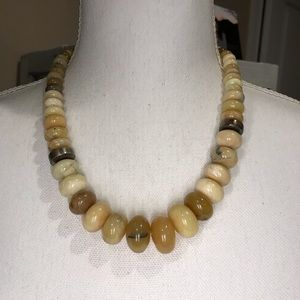 Thick marble necklace